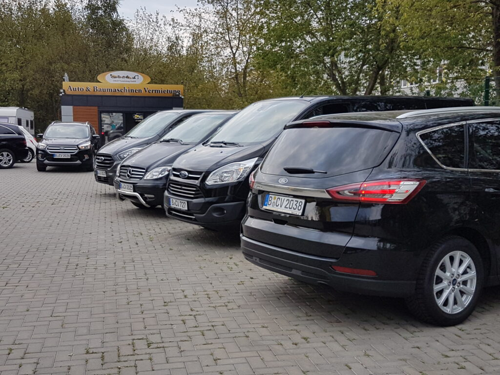9-sitzer-kleinbusmieten-minibus-8-sitz-7-sitz-van-familienauto.de